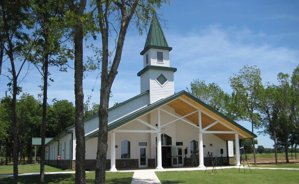 thunderbird-chapel-camp-gruber-_-exterior_muskogee-ok